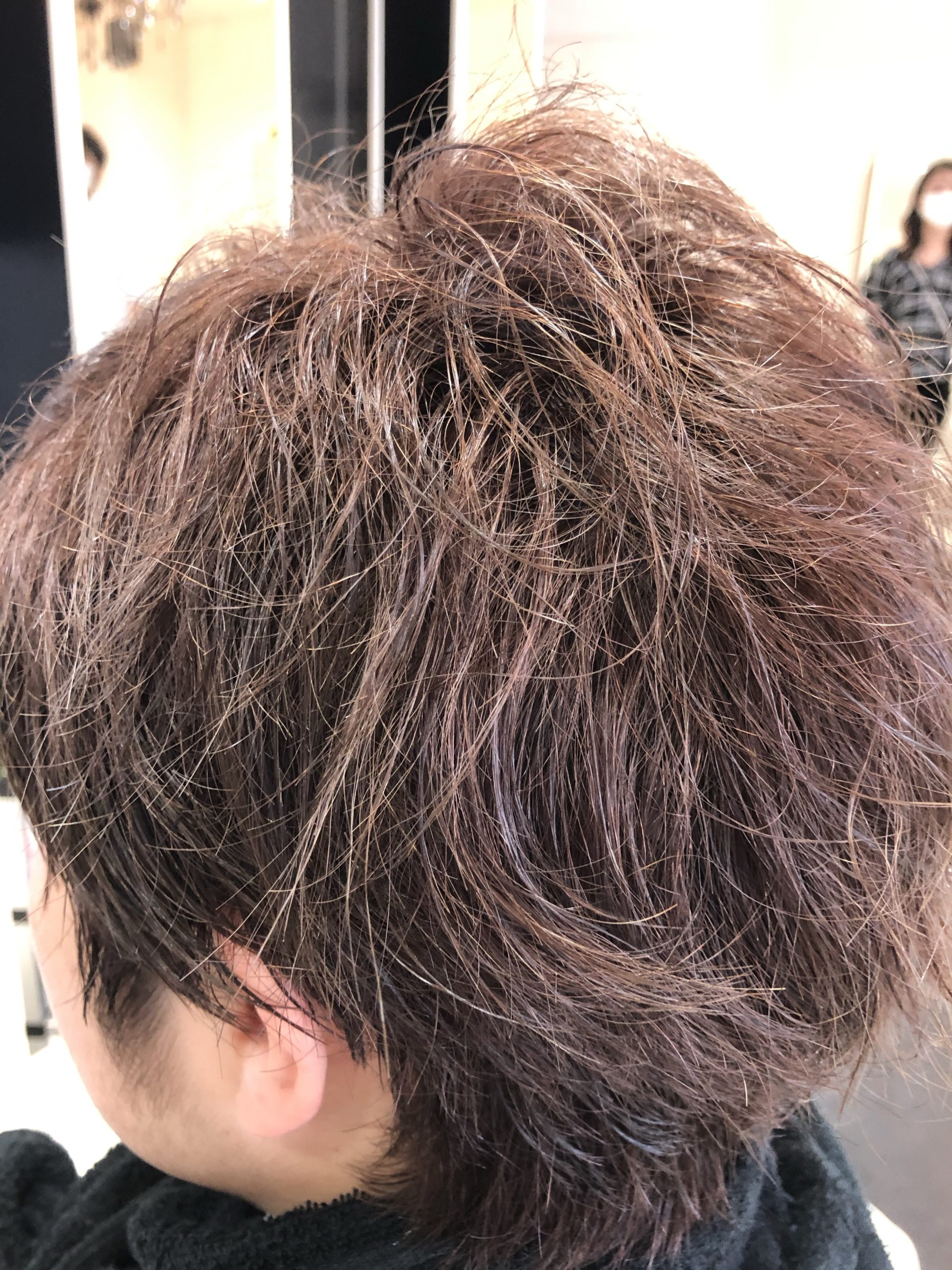 ブリーチ毛ショートスタイル縮毛矯正